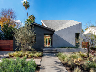 """""""1/2 House"""", Los Angeles, CA. Single Family House, Completed 2017"""
