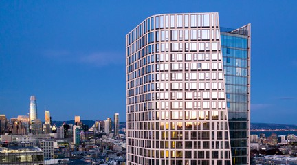 Image of building as part of the San Francisco skyline